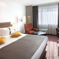 Гостиница Holiday Inn Almaty Казахстан, Алматы - отзывы, цены и фото номеров - забронировать гостиницу Holiday Inn Almaty онлайн комната для гостей фото 4