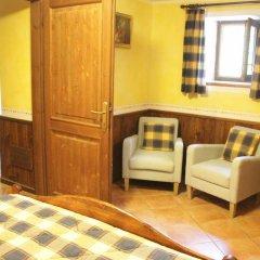Отель Chambres D'hotes Les Fleurs Грессан комната для гостей фото 3