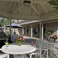 Отель Charter Inn and Suites фото 3
