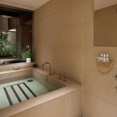 Отель Grand Hyatt Токио ванная фото 2