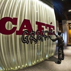 Отель Graffit Gallery Design Hotel Болгария, Варна - 2 отзыва об отеле, цены и фото номеров - забронировать отель Graffit Gallery Design Hotel онлайн спортивное сооружение