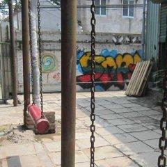 P.Loft Youth Hostel спортивное сооружение
