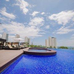 Отель Quinter Central Nha Trang Вьетнам, Нячанг - отзывы, цены и фото номеров - забронировать отель Quinter Central Nha Trang онлайн бассейн фото 3