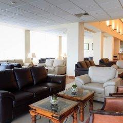 Отель Atlantica Sea Breeze Кипр, Протарас - отзывы, цены и фото номеров - забронировать отель Atlantica Sea Breeze онлайн интерьер отеля