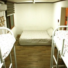 Отель Itaewon Backpackers комната для гостей фото 5