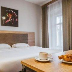 Гостиница Кустос Цветной в номере