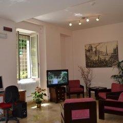 Отель Villa Riari Италия, Рим - отзывы, цены и фото номеров - забронировать отель Villa Riari онлайн интерьер отеля фото 2