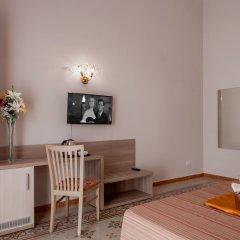 Отель Domus Napoleone комната для гостей фото 6