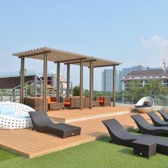 Отель Cetus Beachfront Condo By Pong Паттайя бассейн фото 2