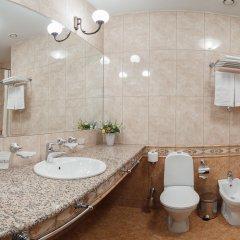 Гостиница Онегин в Екатеринбурге - забронировать гостиницу Онегин, цены и фото номеров Екатеринбург ванная фото 2