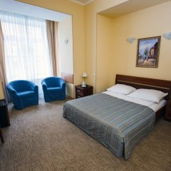 Мини-Отель Соната на Маяковского сейф в номере