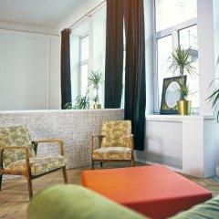 Отель 4th Floor Bed and Breakfast сауна