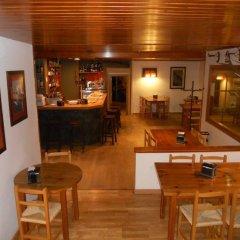 Отель Pension Casa Vicenta Испания, Вьельа Э Михаран - отзывы, цены и фото номеров - забронировать отель Pension Casa Vicenta онлайн гостиничный бар