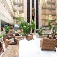 Отель Granada Center Hotel Испания, Гранада - 1 отзыв об отеле, цены и фото номеров - забронировать отель Granada Center Hotel онлайн бассейн