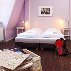 Отель Industriepalast Hostel & Hotel Berlin Германия, Берлин - 7 отзывов об отеле, цены и фото номеров - забронировать отель Industriepalast Hostel & Hotel Berlin онлайн комната для гостей фото 2