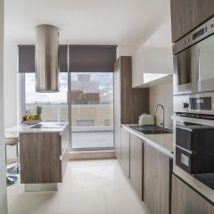 Отель Saint Julian's Penthouse Apartment Мальта, Сан Джулианс - отзывы, цены и фото номеров - забронировать отель Saint Julian's Penthouse Apartment онлайн в номере