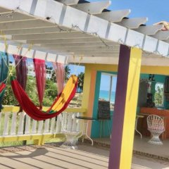 Отель Taino Cove Треже-Бич гостиничный бар