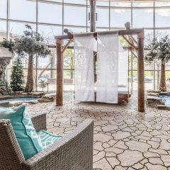 Отель Universel Канада, Квебек - отзывы, цены и фото номеров - забронировать отель Universel онлайн бассейн фото 3