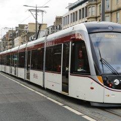 Отель Holiday Inn Express Edinburgh City Centre Эдинбург городской автобус