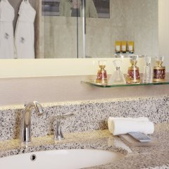 Отель Four Seasons Hotel Riyadh Саудовская Аравия, Эр-Рияд - отзывы, цены и фото номеров - забронировать отель Four Seasons Hotel Riyadh онлайн ванная