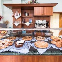 Отель Emilia Италия, Римини - отзывы, цены и фото номеров - забронировать отель Emilia онлайн питание фото 6