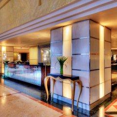 Отель Cinnamon Grand Colombo Шри-Ланка, Коломбо - отзывы, цены и фото номеров - забронировать отель Cinnamon Grand Colombo онлайн интерьер отеля фото 2