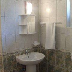 Hotel Dvete Mecheta Балчик ванная