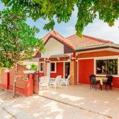 Отель Baan Kanittha - 4 Bedrooms Garden Villa питание фото 3