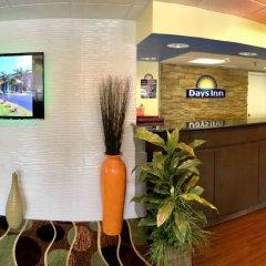 Отель Days Inn by Wyndham Sarasota Bay интерьер отеля фото 2
