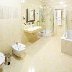 Гостиница Taurus Hotel & SPA Украина, Львов - 3 отзыва об отеле, цены и фото номеров - забронировать гостиницу Taurus Hotel & SPA онлайн ванная фото 2