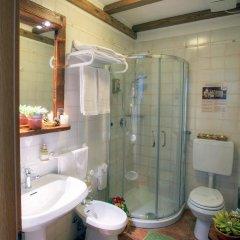 Отель La Roche Италия, Аоста - отзывы, цены и фото номеров - забронировать отель La Roche онлайн ванная