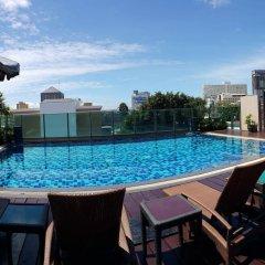 Отель April Suites Pattaya Паттайя бассейн фото 3
