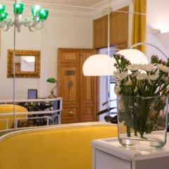 Отель Madrid Suites San Mateo гостиничный бар