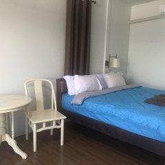 Отель The Point At Airport Таиланд, пляж Май Кхао - отзывы, цены и фото номеров - забронировать отель The Point At Airport онлайн комната для гостей фото 4