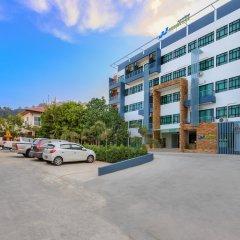 Отель JJ Residence Phuket Town Таиланд, Пхукет - отзывы, цены и фото номеров - забронировать отель JJ Residence Phuket Town онлайн парковка