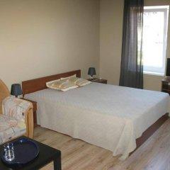 Гостиница Золотые Пески сейф в номере
