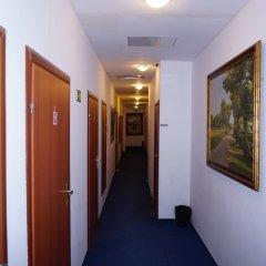 Отель Budget Central Литва, Вильнюс - отзывы, цены и фото номеров - забронировать отель Budget Central онлайн интерьер отеля