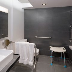 Отель PUR Quebec, a Tribute Portfolio Hotel Канада, Квебек - отзывы, цены и фото номеров - забронировать отель PUR Quebec, a Tribute Portfolio Hotel онлайн ванная фото 2