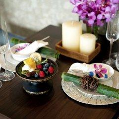 Dusit Suites Hotel Ratchadamri, Bangkok Бангкок в номере фото 2