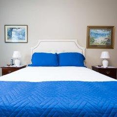 Апартаменты New Kingston Guest Apartment at Inglaterra III сейф в номере