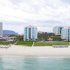Отель Golden Peak Resort & Spa Камрань пляж фото 2