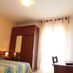 Отель Albergo Isolabella Италия, Абано-Терме - отзывы, цены и фото номеров - забронировать отель Albergo Isolabella онлайн комната для гостей фото 4