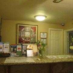 Отель The Palomar Inn интерьер отеля