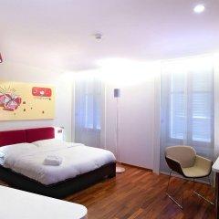 Отель La Cour Des Augustins Boutique Gallery Design Hotel Швейцария, Женева - отзывы, цены и фото номеров - забронировать отель La Cour Des Augustins Boutique Gallery Design Hotel онлайн комната для гостей фото 4