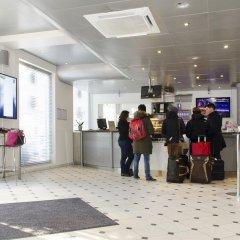 Отель Cabinn Scandinavia Дания, Фредериксберг - 8 отзывов об отеле, цены и фото номеров - забронировать отель Cabinn Scandinavia онлайн интерьер отеля фото 2