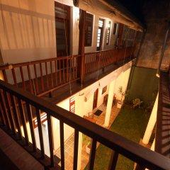Отель Knight Inn Шри-Ланка, Галле - отзывы, цены и фото номеров - забронировать отель Knight Inn онлайн балкон