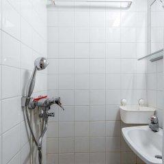 Отель WeHost Vaasankatu 25 Финляндия, Хельсинки - отзывы, цены и фото номеров - забронировать отель WeHost Vaasankatu 25 онлайн ванная фото 2