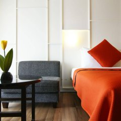 Отель Page 10 Hotel & Restaurant Таиланд, Паттайя - отзывы, цены и фото номеров - забронировать отель Page 10 Hotel & Restaurant онлайн комната для гостей фото 2