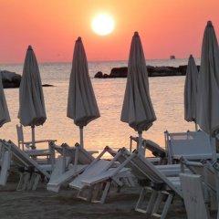 Hotel Augustus Гаттео-а-Маре пляж