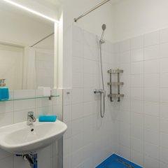 Отель Dice Apartments Венгрия, Будапешт - отзывы, цены и фото номеров - забронировать отель Dice Apartments онлайн ванная фото 2